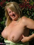Adonna. Berry's Free Pic 8