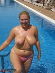 Barby. Barby's Winter Sunshine Free Pic 5