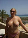Barby. Barby's Winter Sunshine Free Pic 11