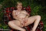SpeedyBee. Stripping In The Undergrowth Free Pic 19