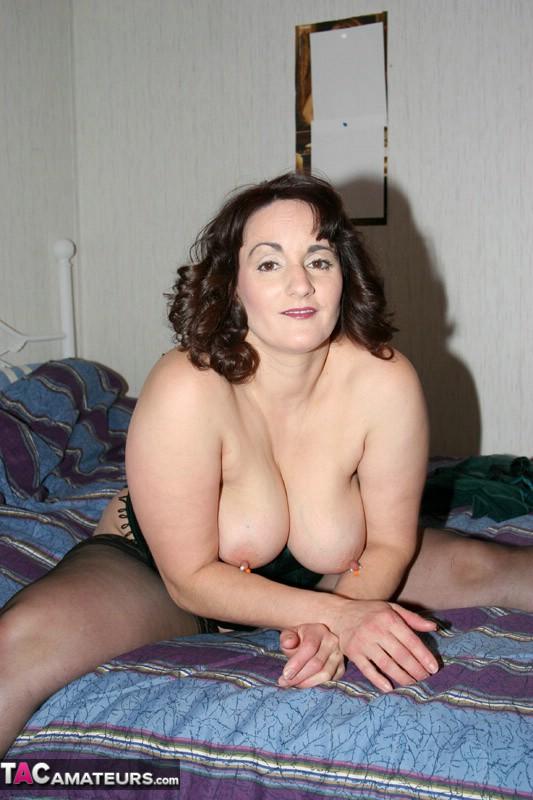 Amateur babe indigo nude in northampton 1
