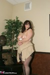 Reba. Salon Hang Out Free Pic 19