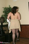 Reba. Naked At The Salon Free Pic 1