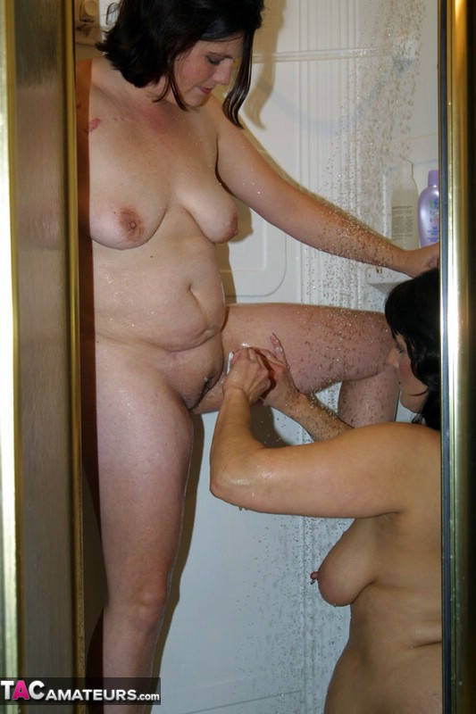 Порно тетка бреет пизду — 13
