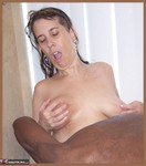 MoonAynjl. Black Shower Free Pic