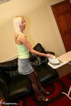 TraceyLain. Tracey's Ironing Free Pic 2