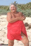 Grandma Libby. Red Towel Free Pic 1