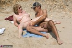 SpeedyBee. Stranger On The Shore Free Pic 12