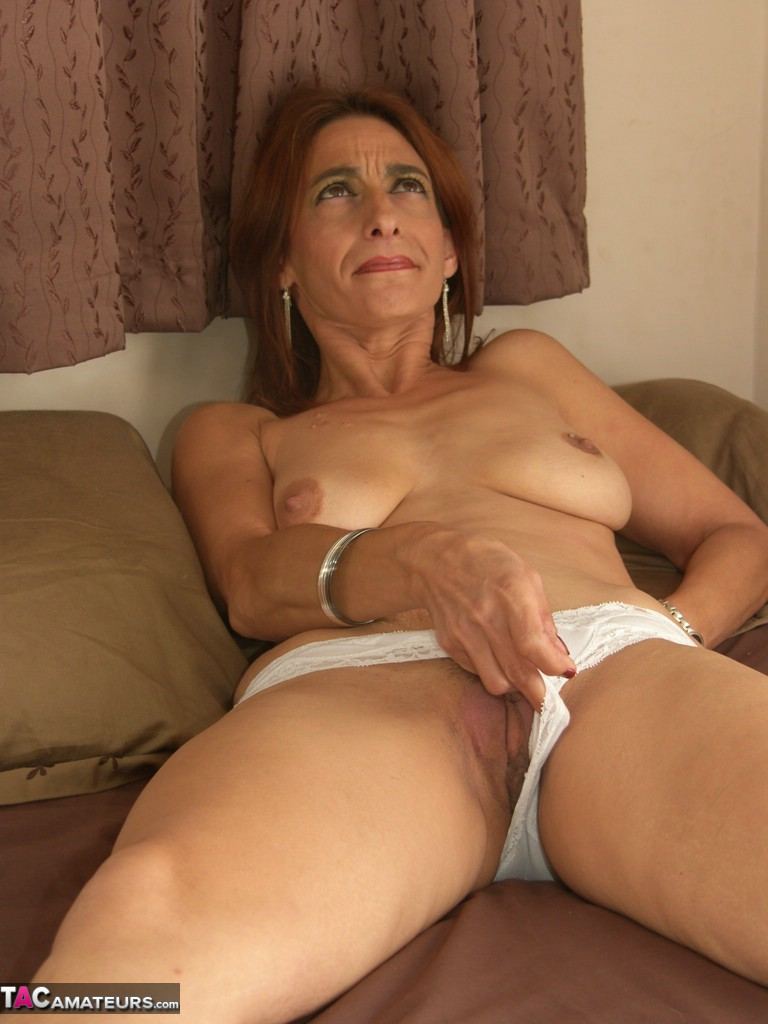 Buffing the milf in the buff