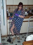 MoonAynjl. House Cleaning Free Pic 3
