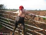 ValgasmicExposed. Mud Fun Free Pic 16