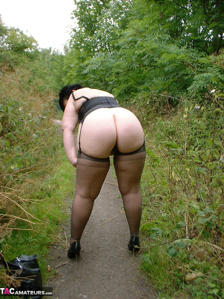 Stocking sex amateur outside for
