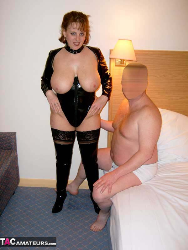 2 domina fuck 1 slave boy 1