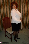 CurvyClaire. Receptionist Free Pic 2