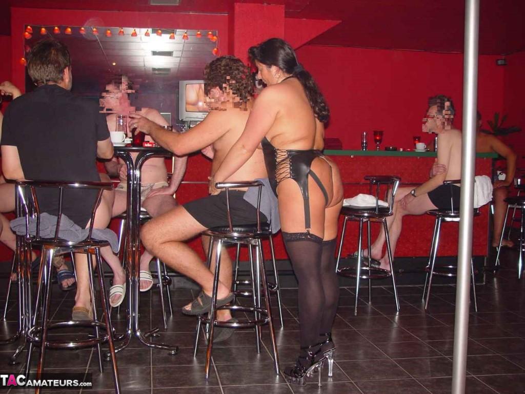 girls riding squirting dildo porn