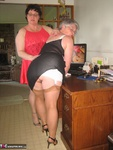 GirdleGoddess. Girdlegoddess & Mistress Sue Free Pic 1