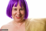 SpeedyBee. Purple Wig Free Pic
