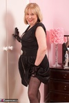 SpeedyBee. New Black Dress Free Pic 2