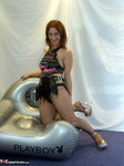 Jolanda. Inflatable Chair Free Pic 1