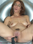 Jolanda. Inflatable Chair Free Pic 17