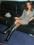 Jolanda. Leather & Knee Boots Free Pic 1
