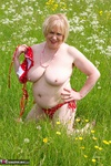 SpeedyBee. A Walk In The Meadow Pt1 Free Pic 8