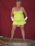 Girdle Goddess. Green Sun Dress Free Pic 2