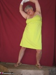 Girdle Goddess. Green Sun Dress Free Pic 3