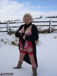 Barby. Snow Fun Free Pic 1