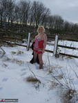 Barby. Snow Fun Free Pic 3