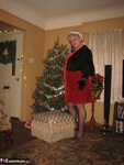 GirdleGoddess. Under The Xmas Tree Free Pic
