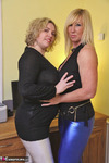 Barby. Barby & Melody In Sexy Leggings Pt1 Free Pic 5