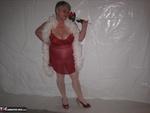 Girdle Goddess. Red & White Free Pic 1