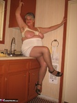 Girdle Goddess. Hot In The Kitchen Free Pic 14