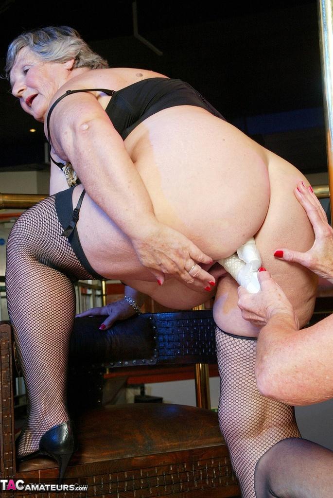 Hardcore big tits wifey