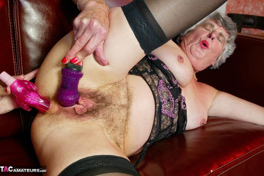 Granny Steph Porn - Libby & Steph Pt2 Free Pic ...
