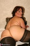 Reba. The Naked Me Free Pic 1