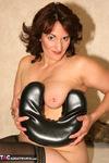 Reba. The Naked Me Free Pic 13