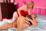 SpeedyBee. Speedy & Libby Playing On The Bed Pt1 Free Pic 3