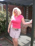Barby. Barby's Summer Fun Free Pic 1