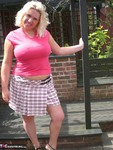 Barby. Barby's Summer Fun Free Pic 2