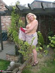Barby. Barby's Summer Fun Free Pic 8