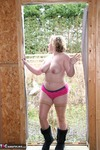 Barby. Barby On The Building Site Free Pic 8