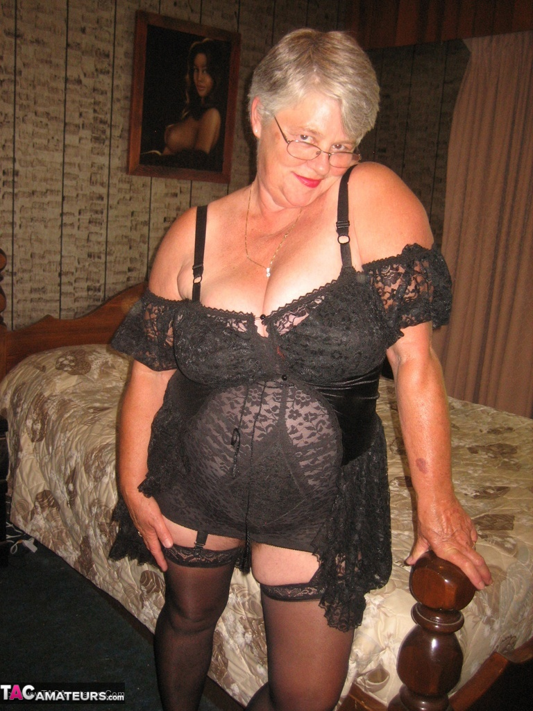 Mature goddess cougar girdle