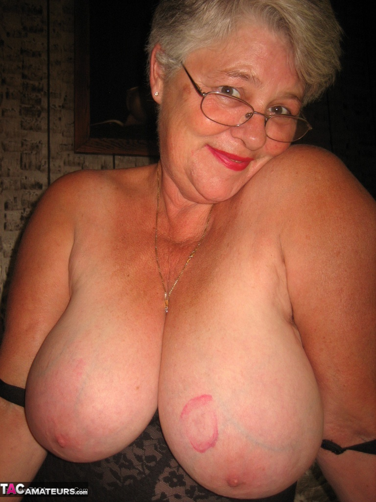 Chubby Granny Cougars