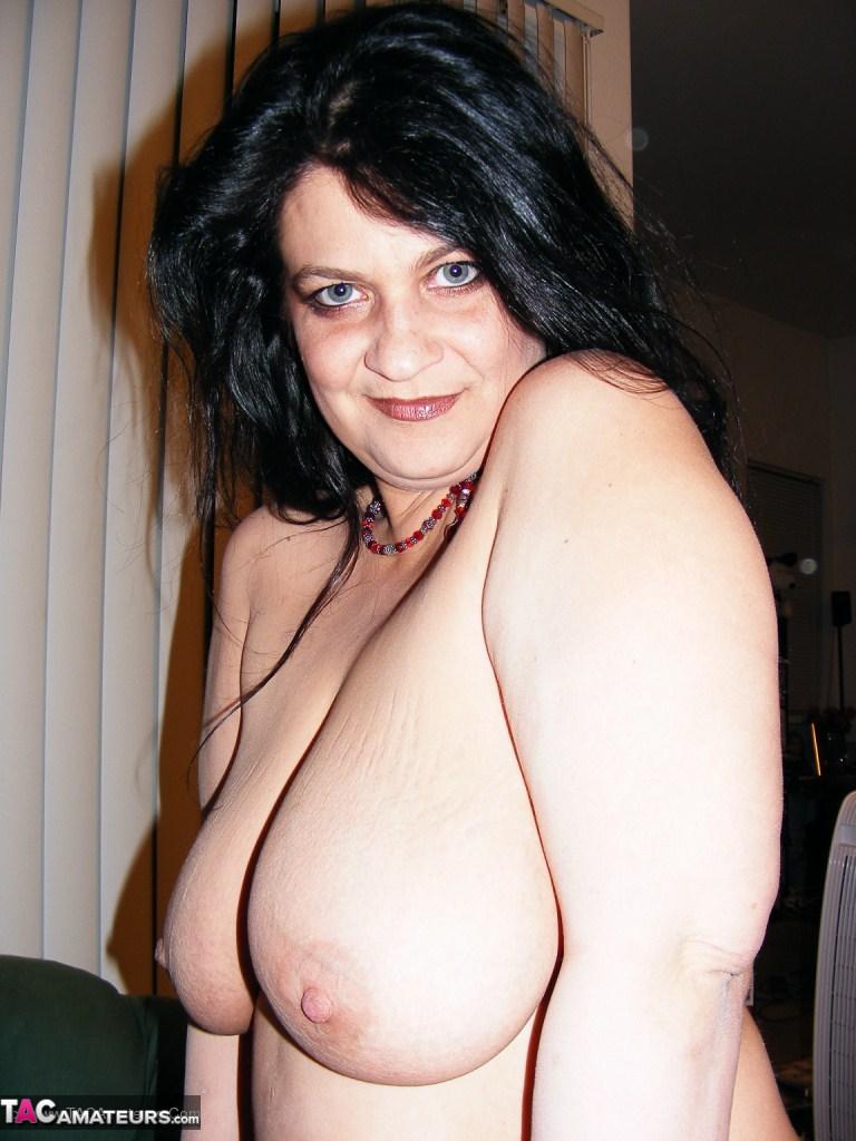 Bella donna lesbian orgy
