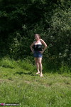 DeniseDavies. Denise Out Side Pt2 Free Pic 13