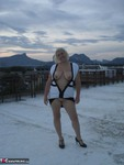 Barby. Barby On The Roof Top Free Pic 16