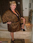 TaffySpanx. Bubble Bath Time Free Pic 4