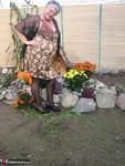 Girdle Goddess. Girdle Garden Playtime Free Pic 1